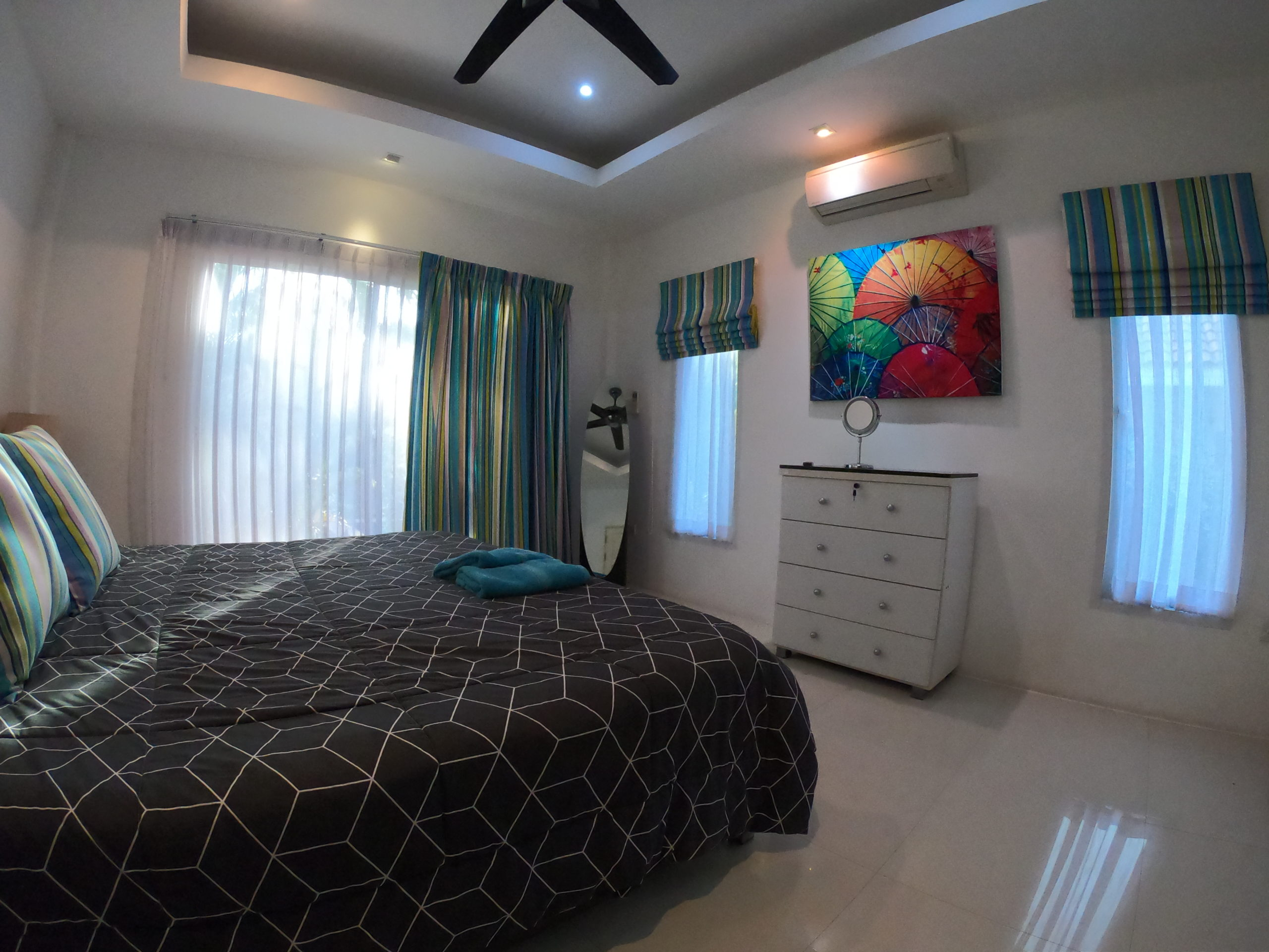Master Bed Bangsaray Villa